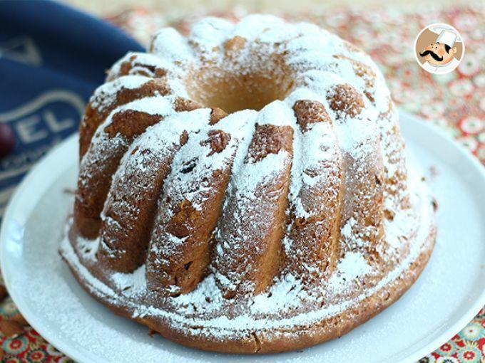 Craquez face à la plus belle brioche de France : le Kouglof (ou Kougelhopf alsacien). Un dessert bien moelleux et légèrement relevé par les raisins secs fondants. Grâce aux amandes, une touche croquante sera apportée à votre brioche. De quoi assurer...