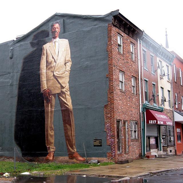 81 best images about art kent twitchell on pinterest jfk for Dr j mural philadelphia