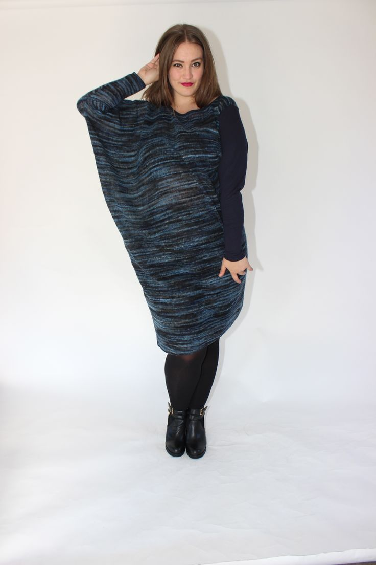 CONTRAST DRESS - BLUE
