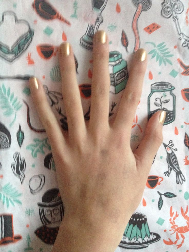 Gouden nagels in verband met Sinterklaas