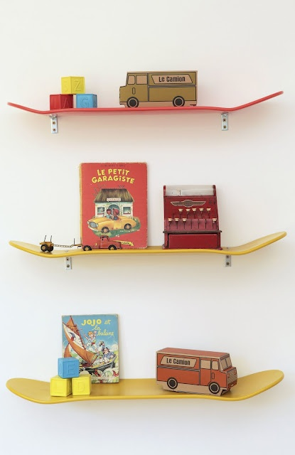 Skateboard shelves! Perfect for a little boy's bedroom. By Lecon de Choses.