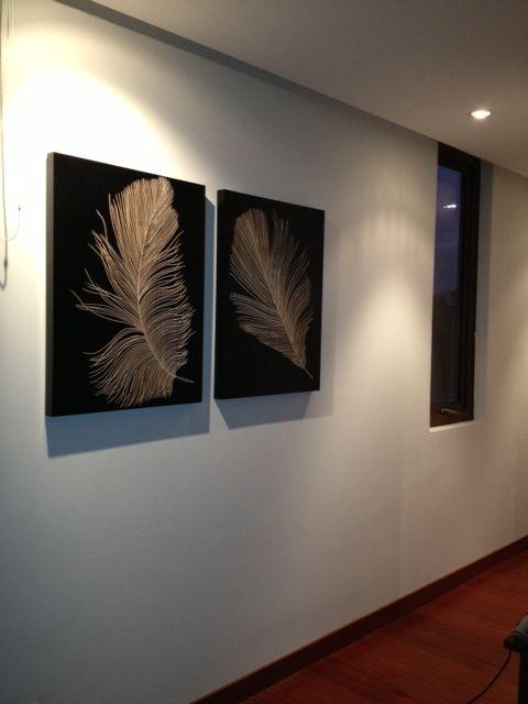 Solitarios de 80 cm. de alto por 60 cm. de alto, un objeto de decoración ideal para acompañar el pasillo de nuestra hogar.  Compartido por Dania Ulloa.