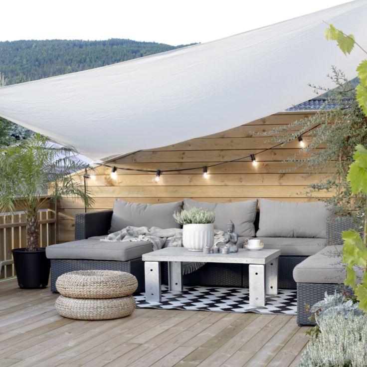 patio living