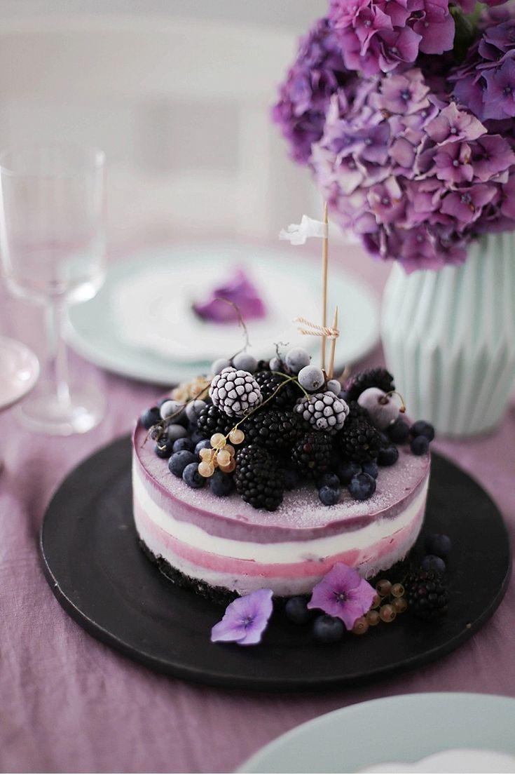 Beeren-Eistorte und Brombeer-Joghurt-Eis - Hochzeitsguide