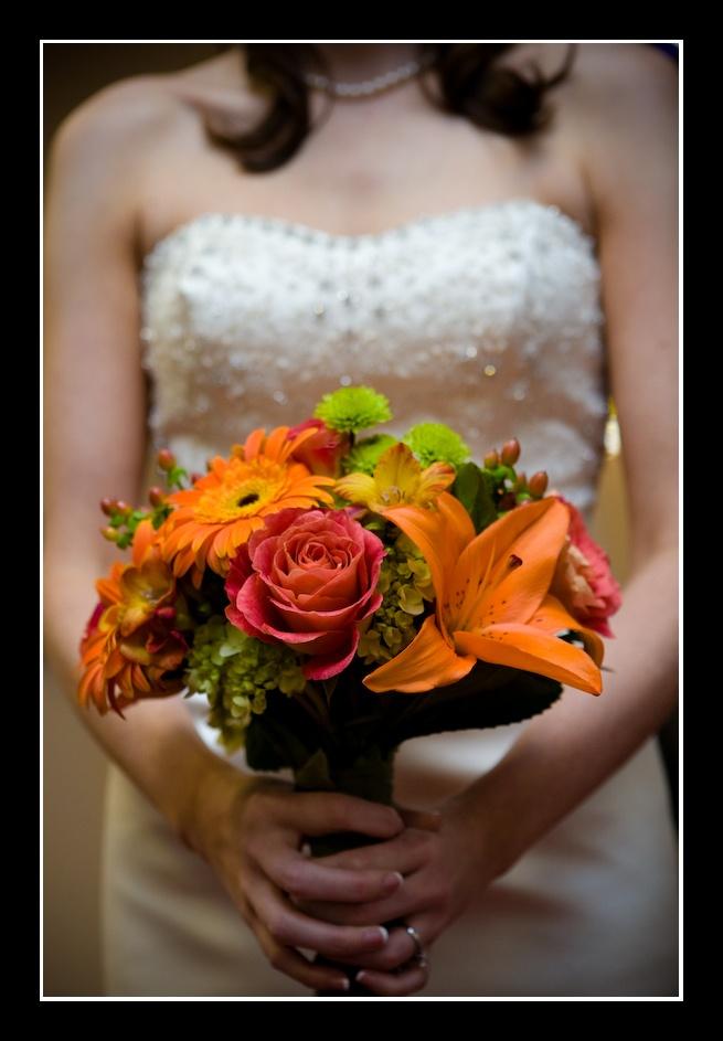 November Wedding Flowers Ideas, Bride Bouquet For November Wedding,  Strapless Pearls Dress For Fall Wedding, 2014 Valentineu0027s Day