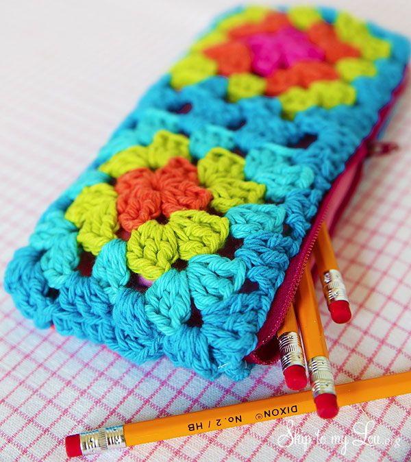 Carry your pens and pencils around in style! Make a cute and colorful granny square zippered pouch!