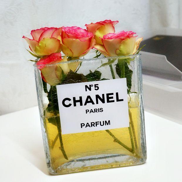 DIY Chanel perfume bottle flower vase by Beautylab
