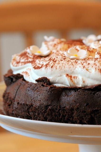 Nigellas Chocolate Cloud Cake - Ren Behan