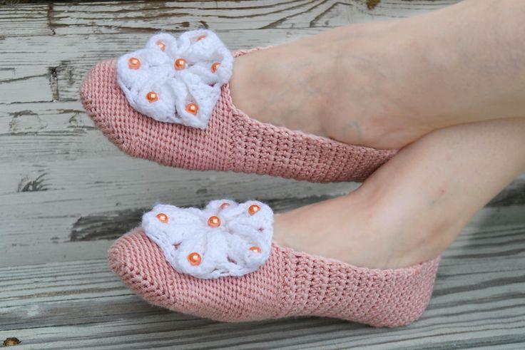 "Woolen socks hand knitted ""Peonies"" by warmheels on Etsy"