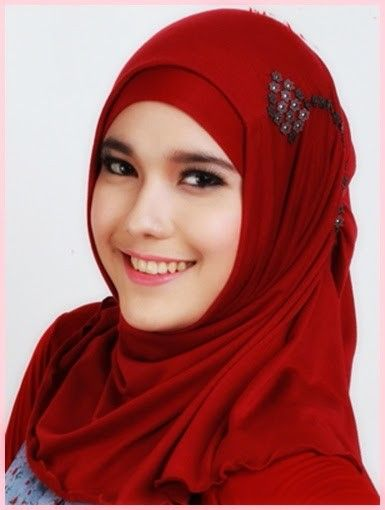 Muslimah In Red Hijab