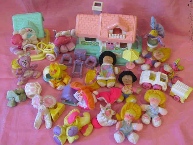 Smooshees | 10 Totally Forgotten '80s Girl Toy Lines- I had the mouse that u smooshed into a wedge of cheese!