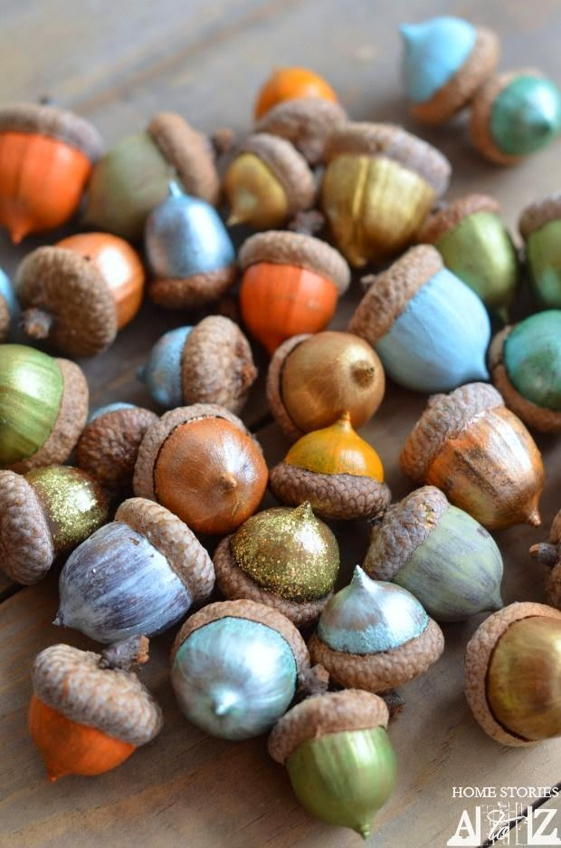 painted-acorns.... This is so cute for a party decoration!!!