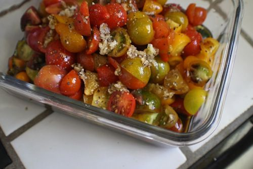 scrumdillydilly_savory_tomato_salad.jpgYummy Summer, Cooking Food, Savory Tomatoes, Summer Savory, Tomatoes Salad I, Summer Salad, Tomato Salad, Favorite Recipe, Heirloom Tomatoes
