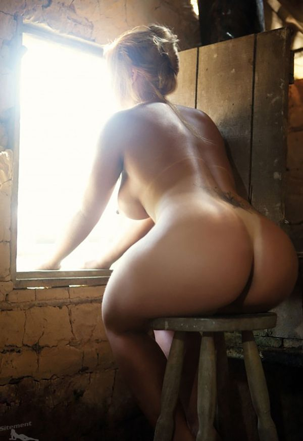 Naked spunk flowing