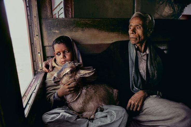 Παππούδες και γιαγιάδες απ' όλο τον κόσμο - με τα εγγόνια τους - ΜΕΓΑΛΕΣ ΕΙΚΟΝΕΣ - LiFO