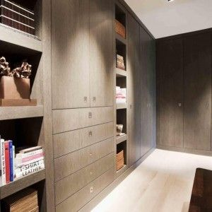 Maatwerk kledingkasten. The Living Kitchen B.V. by Paul van de Kooi