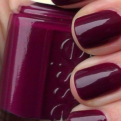 'Swing velvet' color! Gorgeous isn't it? Fairynails