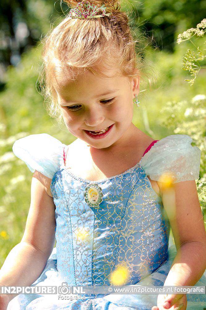 Fairies & Superheroes children photography www.in2pictures.nl  #Photography #Fairy #Superhero #Kinderfotografie #buiten #kind #fotografie   in2pictures fotografie