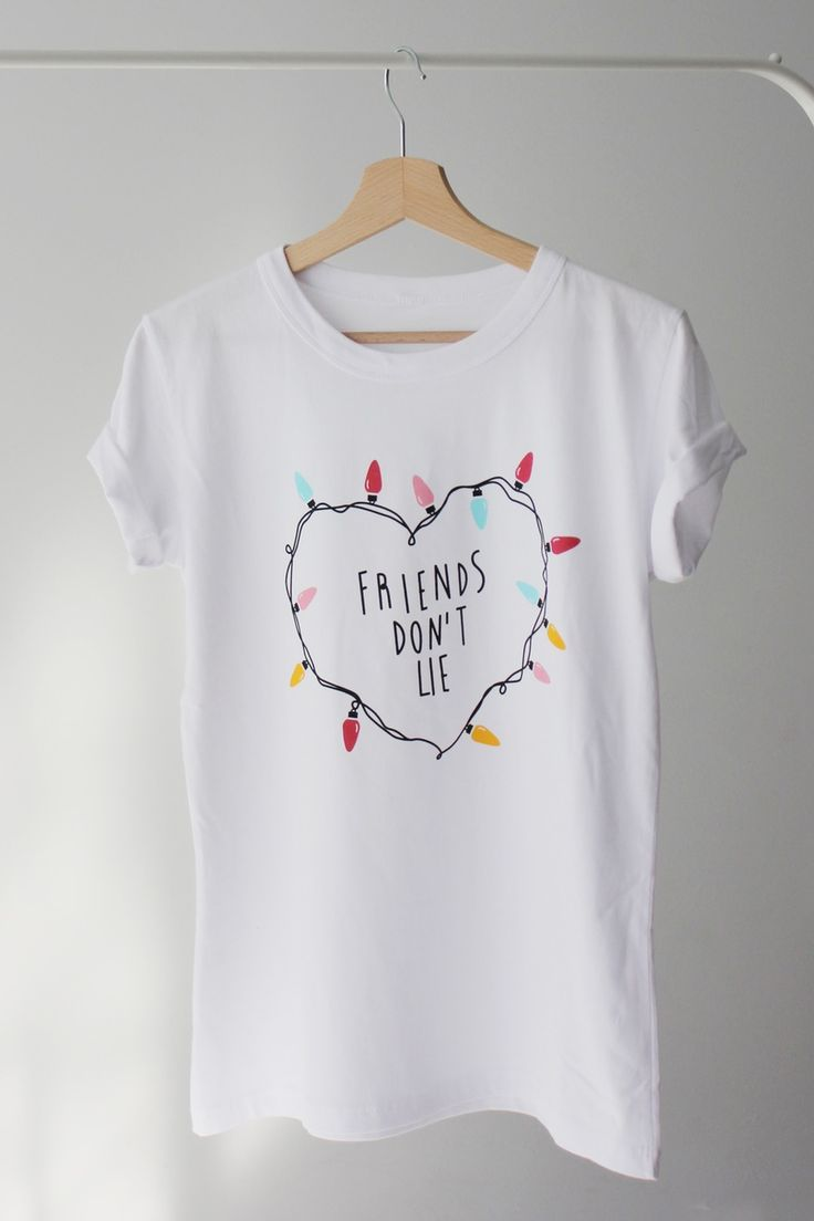 Image of Camiseta Friends don´t lie