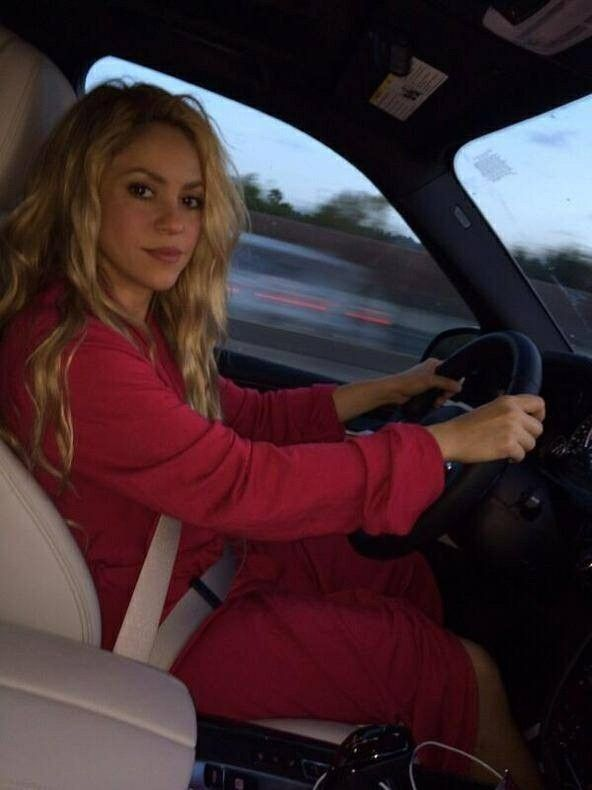 Shakira on Ridin\'GirlsBlog
