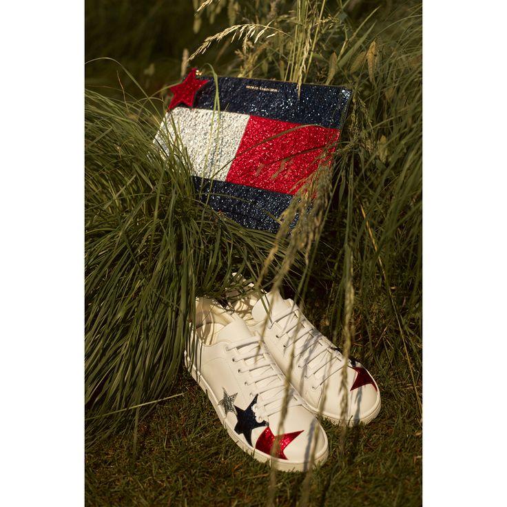 Tommy Hilfiger  #VogueRussia #resort #springsummer2017 #TommyHilfiger #VogueCollections