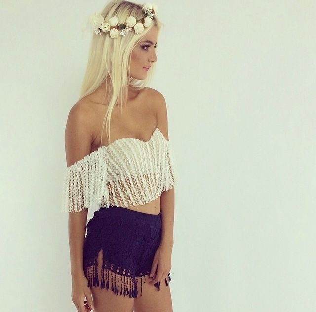 Festival outfit. Love it.