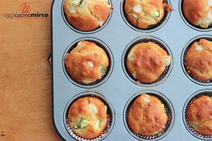 Muffin zucchine provola e curcuma