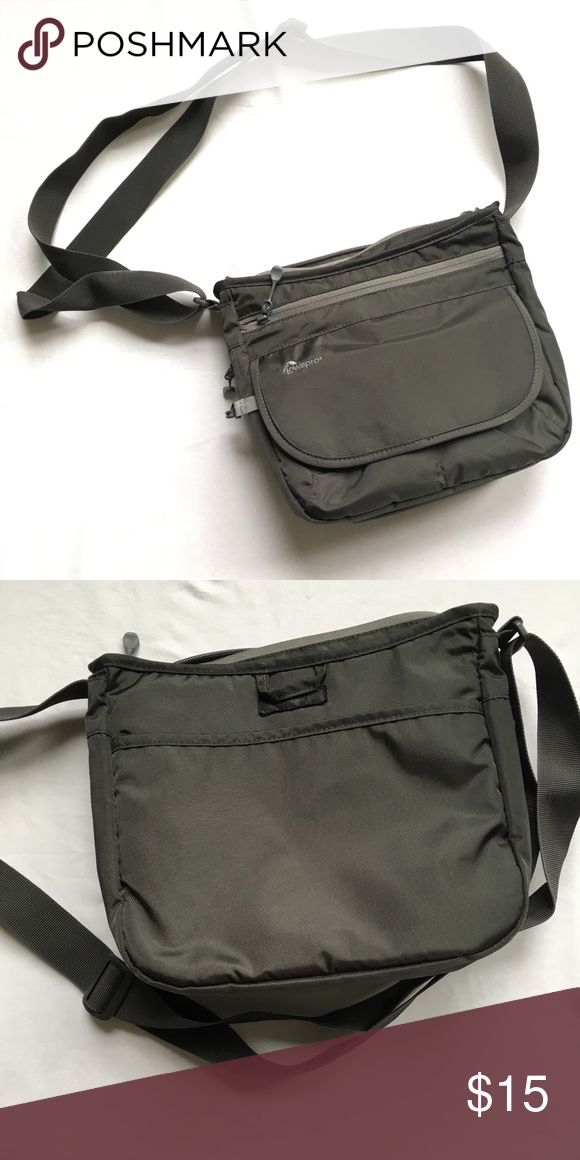 Lowepro StreamLine150 Slate grey sling bag with internal compartment for camera. lowepro Bags Crossbody Bags