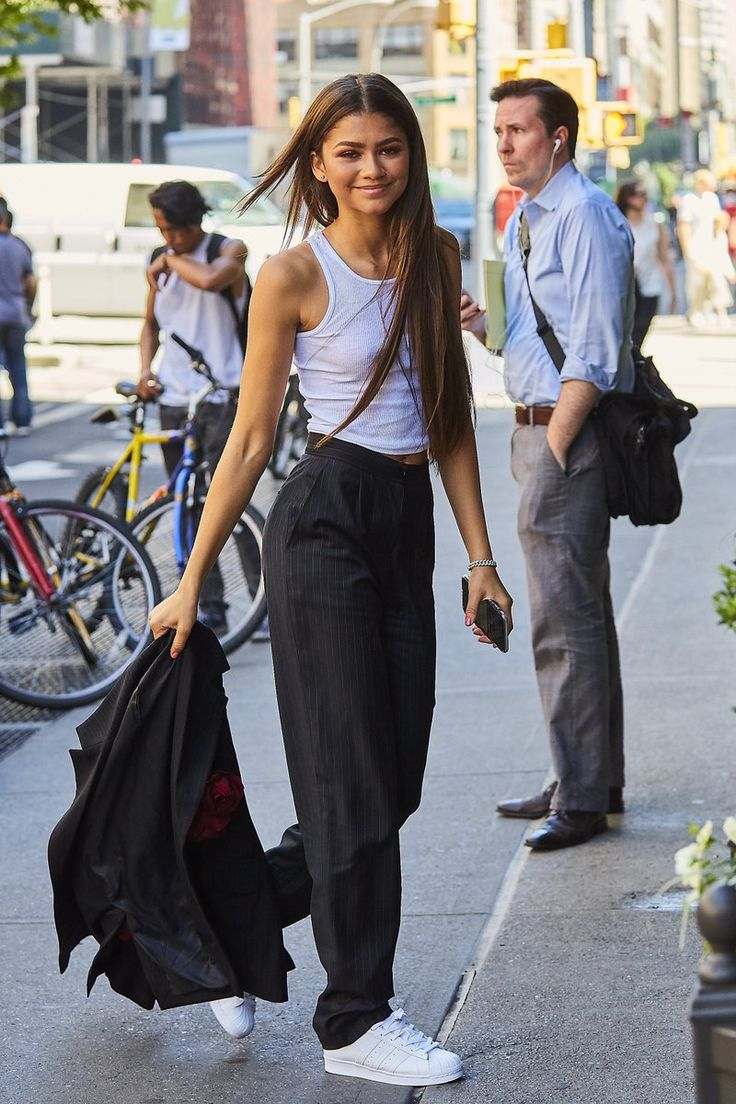 Zendaya outside her hotel in NYC 6/20/17