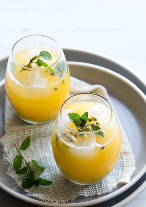 Passion Fruit and Mint --  5-6 whole Mint Leaves /   2 T Sugar /   1 oz (@ 1/2 a lime) fresh Lime Juice /   1 T fresh Passionfruit Juice *see note 1 for extracting /   6 oz Water