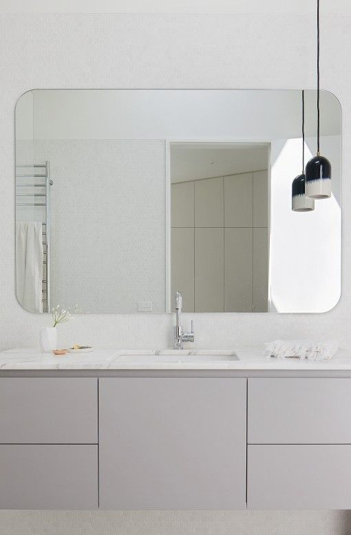 SIMPLE BATHROOM- Hertford Street House | Clare Cousins Architects