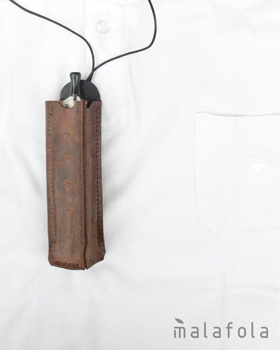 VERTO . Handmade leather ecig case. Squared base by malafola, €41.00 - https://www.etsy.com/listing/166613485/querto-genuine-leather-e-cig-case-to?ref=related-5