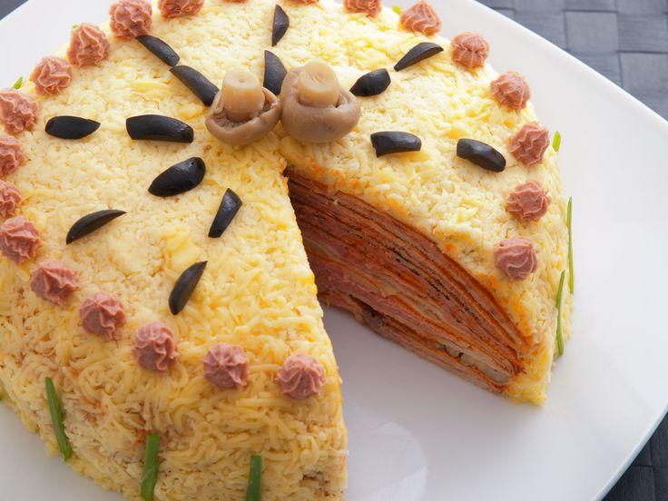 Tort aperitiv cu sunca si ciuperci