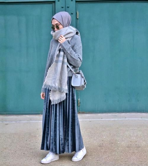 Pleated maxi skirts for woman – Just Trendy Girls