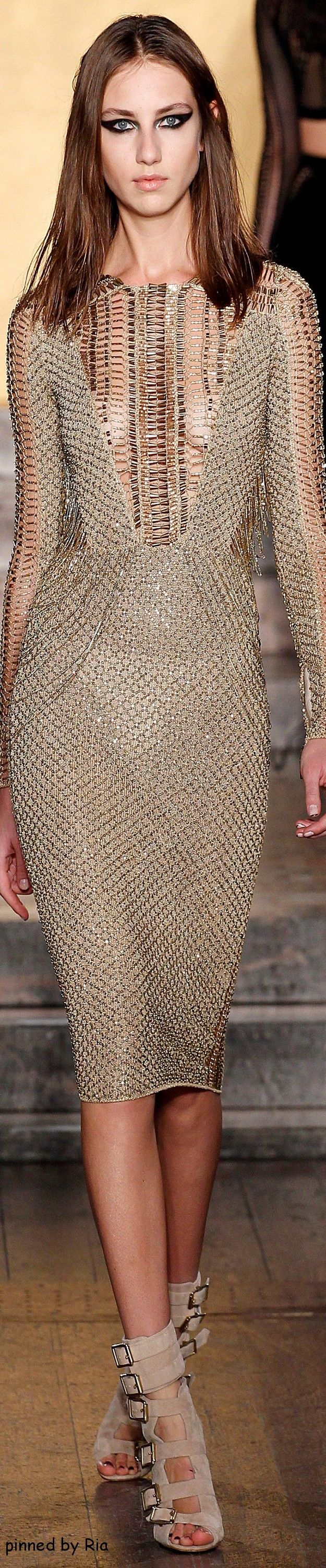 Julien Macdonald Fall 2016 RTW l Ria