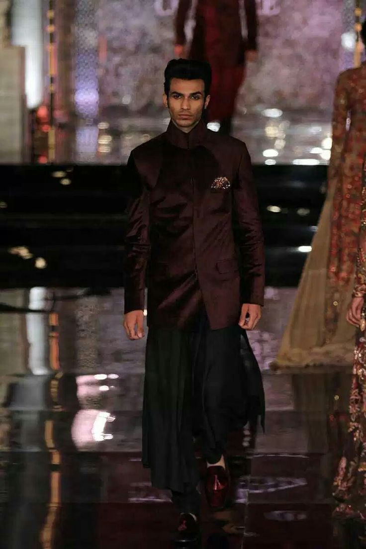 Persian story by Manish Malhotra in INDIAN COUTURE WEEK 2016