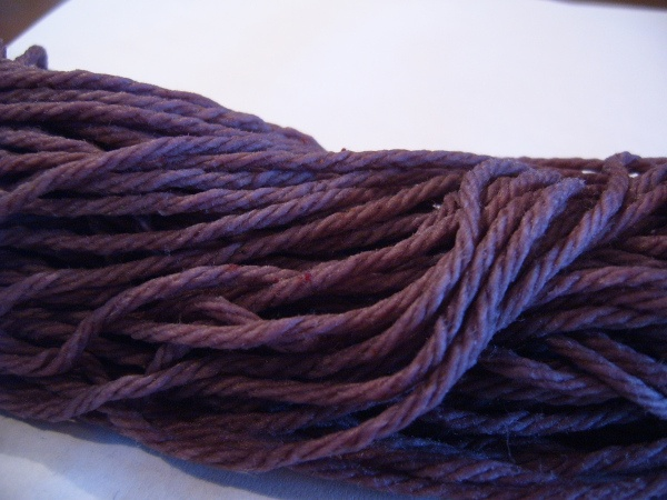 Make a gorgeous purple dye from aronia berries