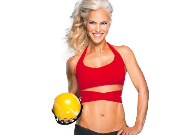 Want a fitness model body? Try this bikini workout from Andréa Albright.