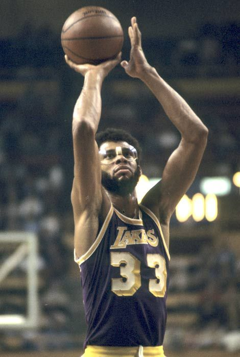 kareem abdul jabbar. Without a doubt one of the greatest players of all time. A true game changer.