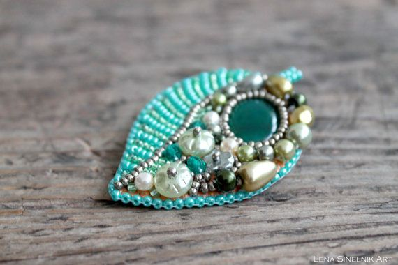 Bead embroidery - Brooch Beadwork - Green olive agate- Brooch Bead embroidered jewelry - Cabochon Brooch - Fall jewelry