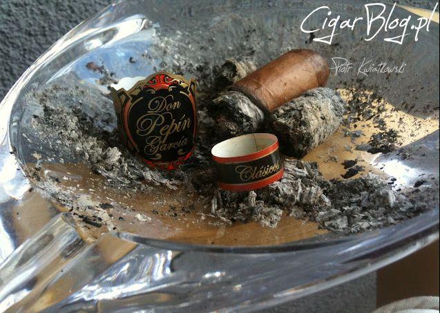 """#cigaroftheday Recenzowałem w różnych miejscach tym razem padło na #PKP #cygaro umieściłem w kategorii """"10 najlepszych cygar dla początkujących"""". Zaczynasz przygodę z paleniem? Na mojej stronie łatwo znajdziesz potrzebne informacje. Zapraszam: http://bit.ly/1sRc82T  #cigars #poznan #cigarblog #bloger"""