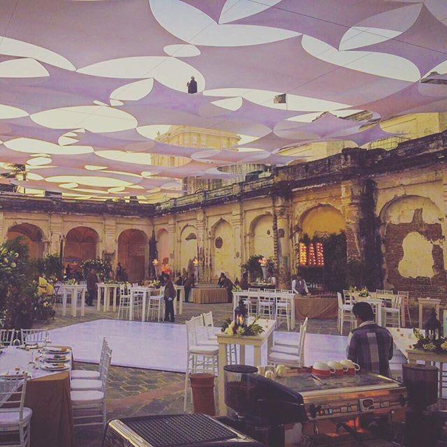 """""""¿En busca del lugar perfecto para tu boda?💍💕 @patronatodesantodomingo te ofrece un lugar lleno de romanticismo, perfecto para darle la bienvenida a esta nueva historia.  Contáctalos! Ingresa a www.bodas.com.gt y conoce a más de 100 proveedores de bodas en Guatemala 🇬🇹❤️ #bodasguatemala #bodasguate #weddingvenue #weddingvenues #weddingvenuehunting #weddingplanner #weddingplanning #destinationweddings #destinationweeding #guatemala #weddingsguatemala #weddingdecor #weddingdecoration…"""