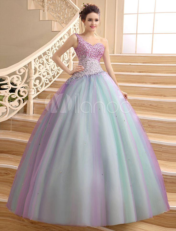 M s de 20 ideas incre bles sobre vestidos para 15 anos en for Como vestir sillas para 15 anos