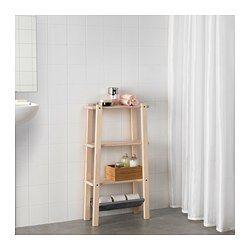 Björk har fin ådring och ljus färg med en satängliknande lyster som mörknar när träet åldras. Björk har ofta krämfärgade eller ljusbruna kvistar eller kärnvirke, vilket ger din möbel ett distinkt, naturligt utseende. Ställbara plastfötter ger stabilitet och skydd mot golvfukt. Perfekt i ett litet badrum.