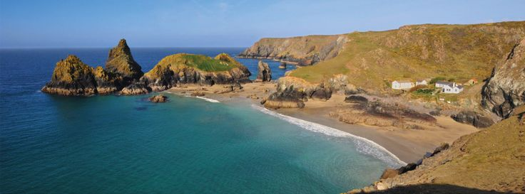 Beautiful location inside Kynance Cove for this modest accommodation. Kynance Cove, The Lizard, Helston, Cornwall, TR12 7PJ
