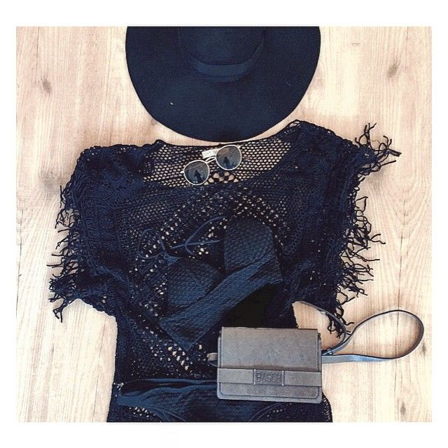 New collection 2015 ~ hip bags ~ square bag ~ lunch bag ~ string bag ~   Order yours, go to basch.amsterdam at Facebook! Beltbag Bumbag Fannybag Hipbag BASCH.   #summer #beach #bikini #outfit #basch #amsterdam #leather #hipbag #bumbag #beltbag #fannypack @basch.amsterdam