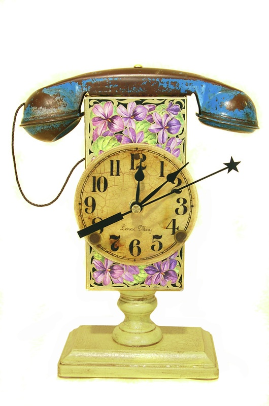 Violetta Footed Clock Assemblage