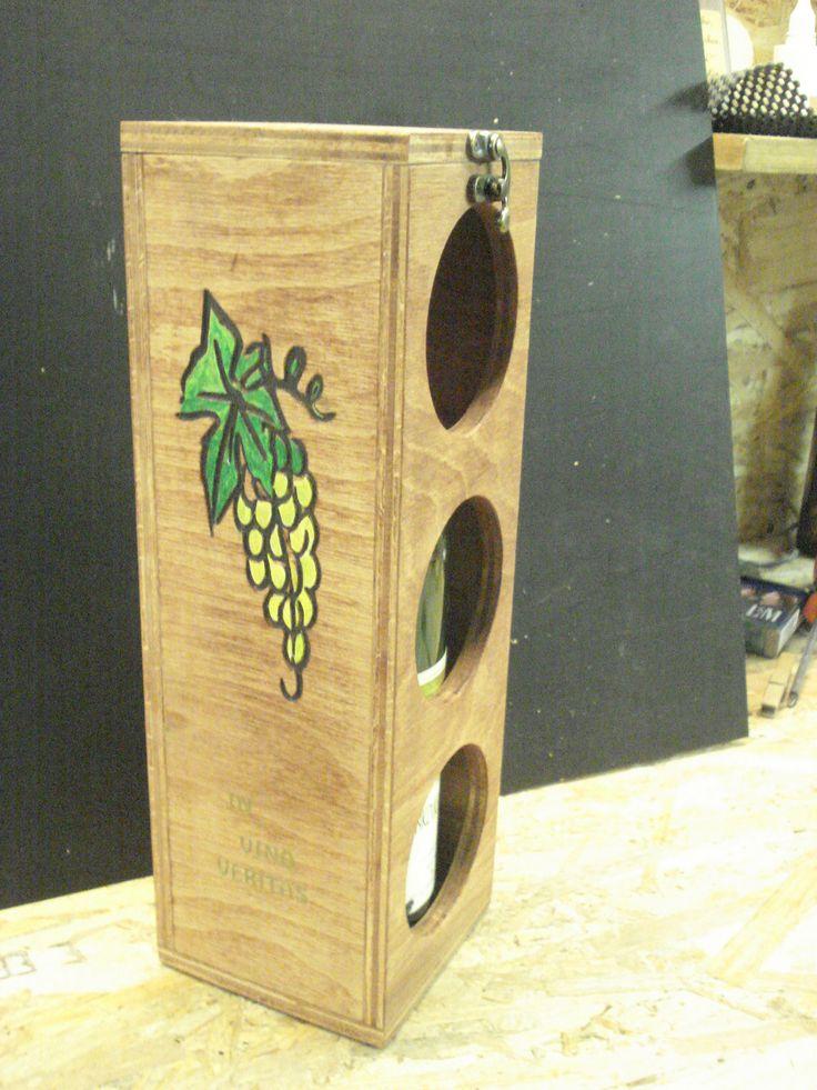 krabica na víno-stojan na vínové fľaše