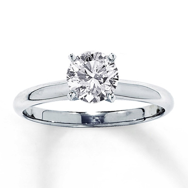 Kay jewelers... My favorite engagement ring besides a Tiffany & Co. Leo