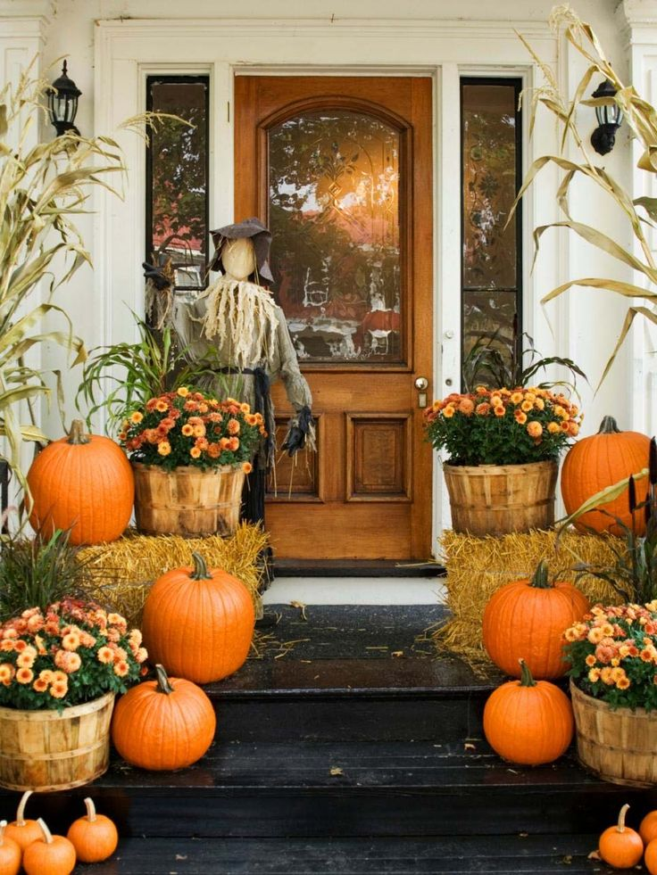 46 of the coziest ways to decorate your outdoor spaces for fall - Halloween Home Decor Ideas